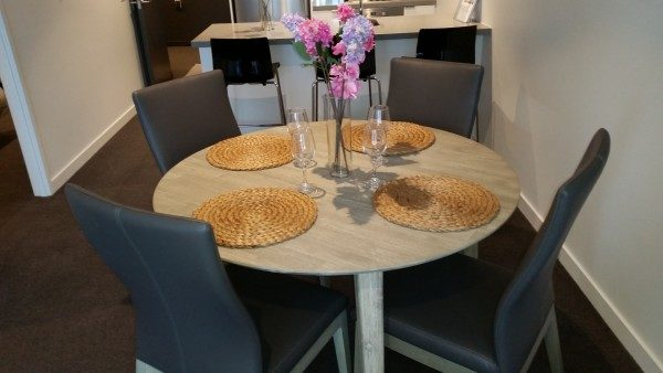 Seattle 5 Piece Dining Setting