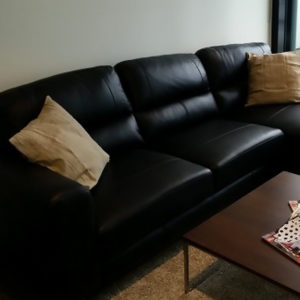 Iluka Lounge Suite 2.5 Str with Chase
