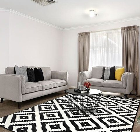 Living Room Home Staging - Click on Rentals