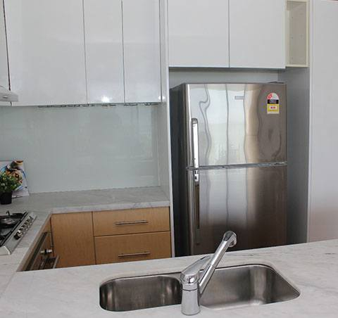 Kitchen Home Staging - Click on Rentals