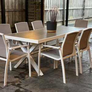 Oxford 9 Piece Outdoor Dining Set