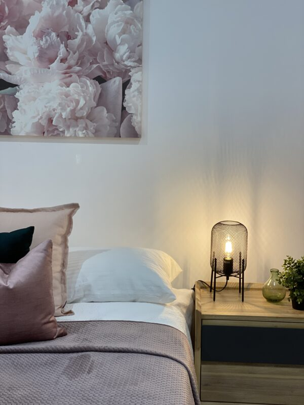 Tempo Bedside Table