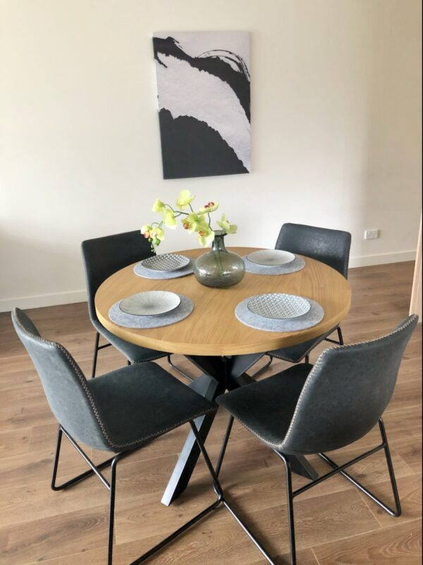 Heston 5 Piece Dining Setting - Click on Rentals